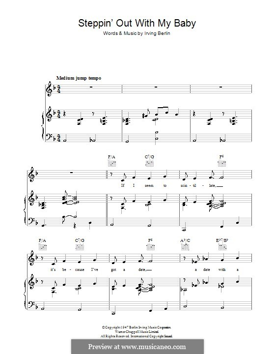 Steppin' Out with My Baby: Für Stimme und Klavier (oder Gitarre) by Irving Berlin