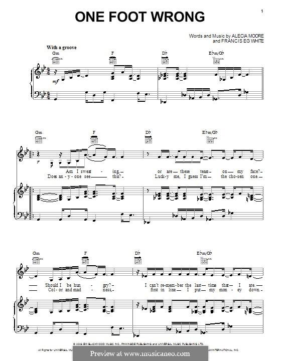 One Foot Wrong (Pink): Für Stimme und Klavier (oder Gitarre) by Alecia Moore, Eg White