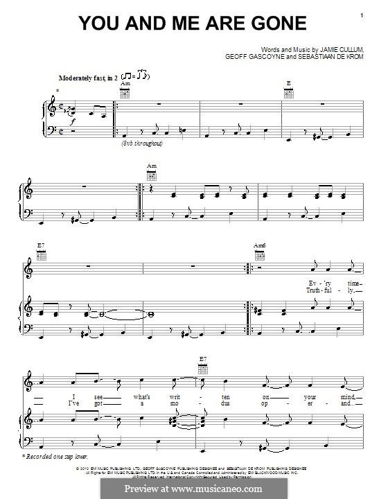 You and Me Are Gone: Für Stimme und Klavier (oder Gitarre) by Geoff Gascoyne, Sebastiaan De Krom