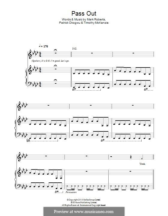 Pass Out (Tinie Tempah): Для голоса и фортепиано (или гитары) by Mark Roberts, Patrick Okogwu, Timothy McKenzie