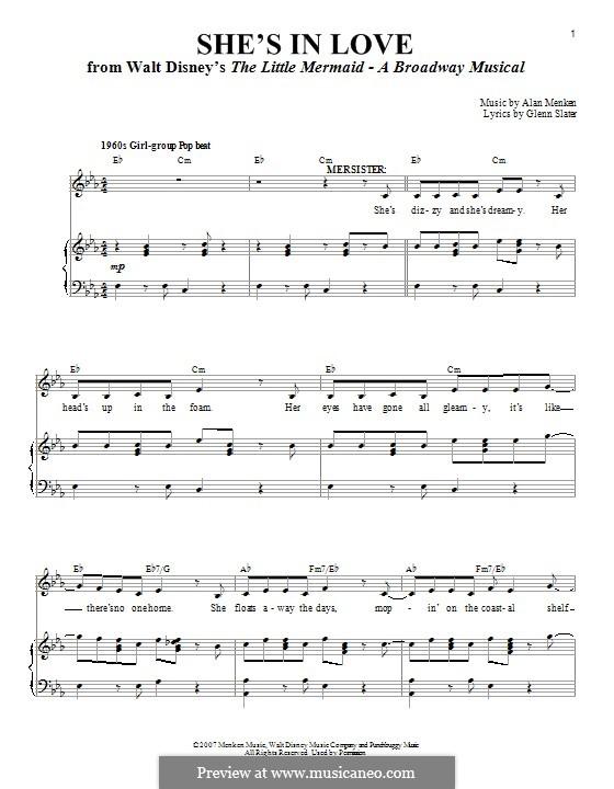 She's in Love (from The Little Mermaid): Для голоса и фортепиано by Alan Menken